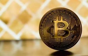 Чего ожидать от курса биткоин?