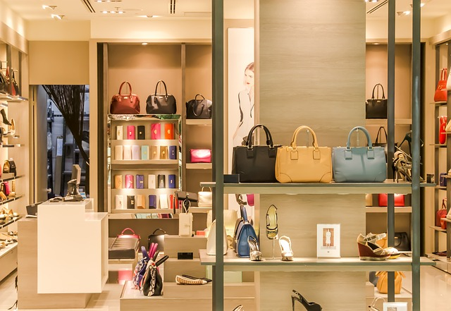 Как открыть магазин женской одежды и что для этого нужно