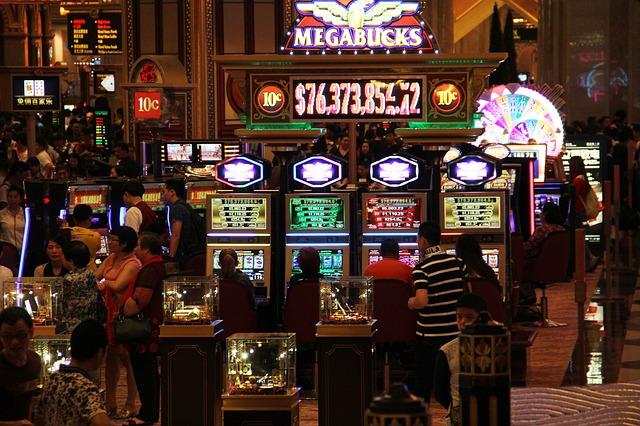 Вулкан Неон можно ли выиграть в казино онлайн Крупные выигрыши которые всполошили мир!