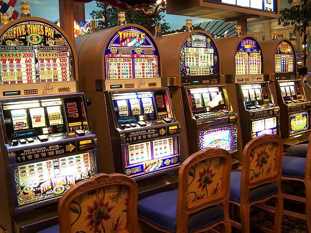 Вулкан Неон: можно ли выиграть в казино онлайн. Крупные выигрыши которые всполошили мир!